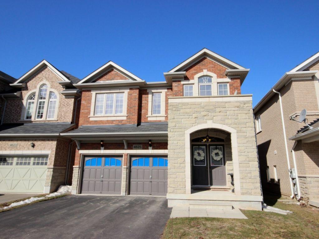 house sold in burlington comfree 592000