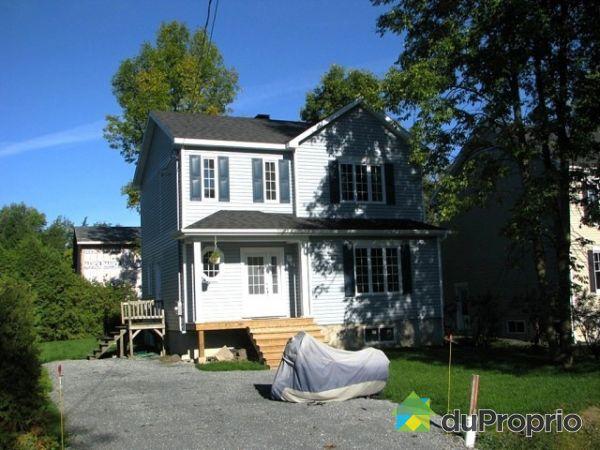 House sold in carignan duproprio 206382 for Chambre communiquante