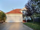 2 Storey in Central St. Boniface, Winnipeg - North East