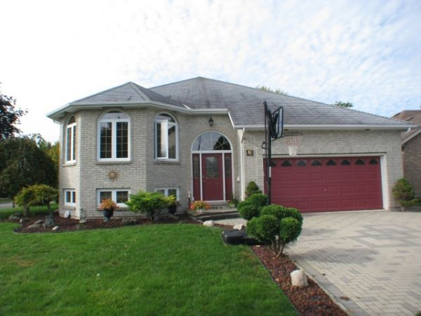 house sold in chatham comfree 279113