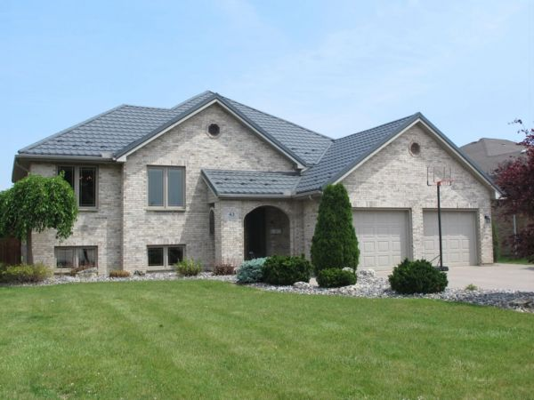 raised bungalow sold in chatham comfree 525658