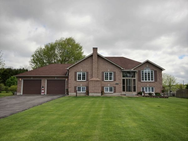 raised bungalow sold in cobourg comfree 607930
