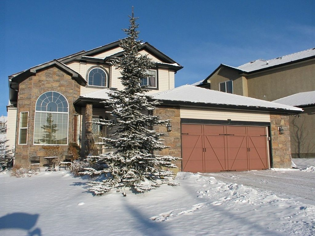 house sold in cochrane comfree 305505