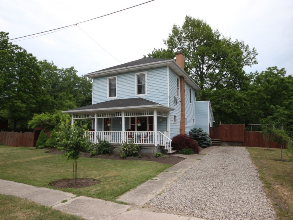 house sold in dutton comfree 704359