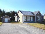 Bungalow in East Angus, Estrie