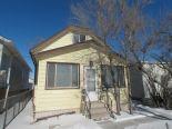 1 1/2 Storey in East Elmwood, Winnipeg - North East