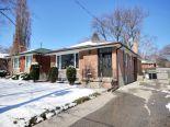 Bungalow in Etobicoke, Toronto / York Region / Durham