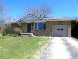 Bungalow in Exeter, Dufferin / Grey Bruce / Well. North / Huron