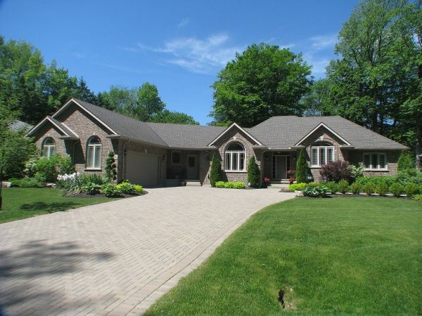 house sold in fonthill