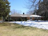 Bungalow in Fonthill, Hamilton / Burlington / Niagara