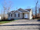 Bungalow in Fossambault-Sur-Le-Lac, Quebec North Shore