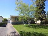 Bungalow in Garden City, Winnipeg - North West