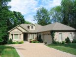 Bungalow in Grand Bend, Essex / Windsor / Kent / Lambton