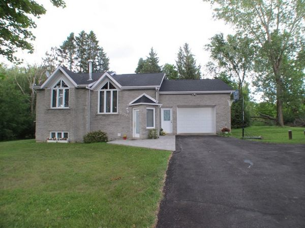 raised bungalow sold in hawkesbury comfree 267653