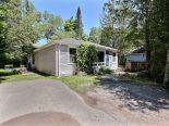Bungalow in Jacksons Point, Toronto / York Region / Durham