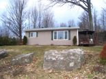 Bungalow in Joyceville, Kingston / Pr Edward Co / Belleville / Brockville