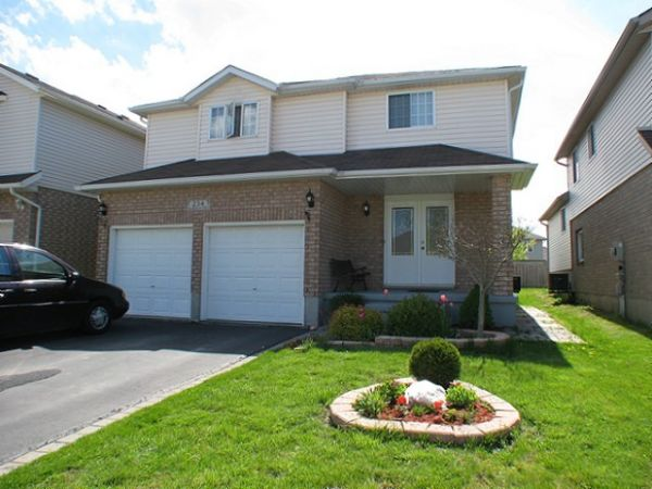 house sold in kitchener comfree 181099
