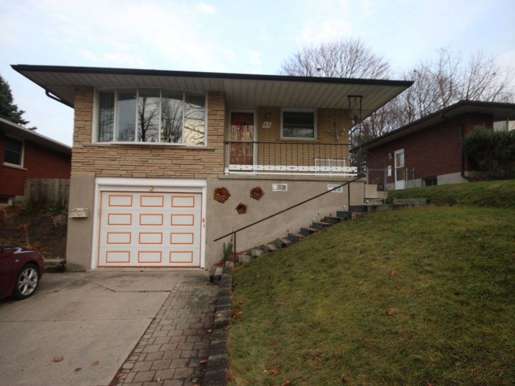 raised bungalow sold in kitchener comfree 727147