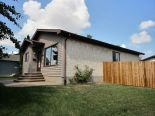 Bungalow in La Perle, Edmonton - West