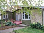 Bungalow in Laterriere, Saguenay-Lac-Saint-Jean via owner