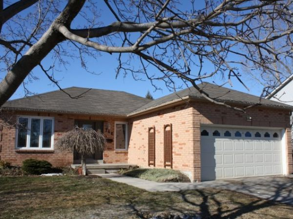 house sold in lindsay comfree 241916