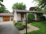 Bungalow in Mitchell, Perth / Oxford / Brant / Haldimand-Norfolk