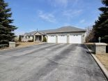 Bungalow in Mono, Dufferin / Grey Bruce / Well. North / Huron