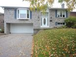 Bungalow in Newmarket, Toronto / York Region / Durham