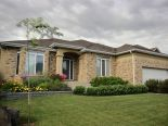 Bungalow in Niakwa Place, Winnipeg - South East
