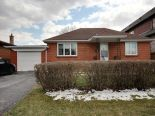 Bungalow in North York, Toronto / York Region / Durham