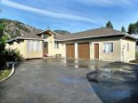 Bungalow in Okanagan Falls, Penticton Area