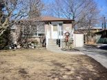 Bungalow in Oshawa, Toronto / York Region / Durham