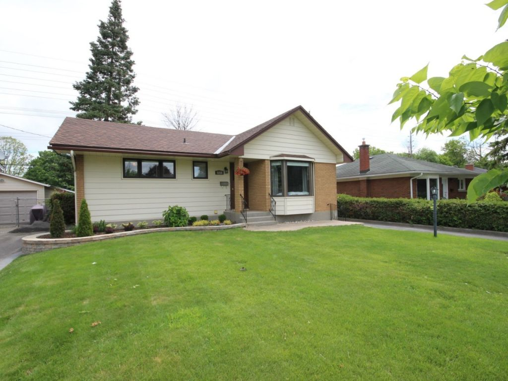 house sold in ottawa comfree 705097