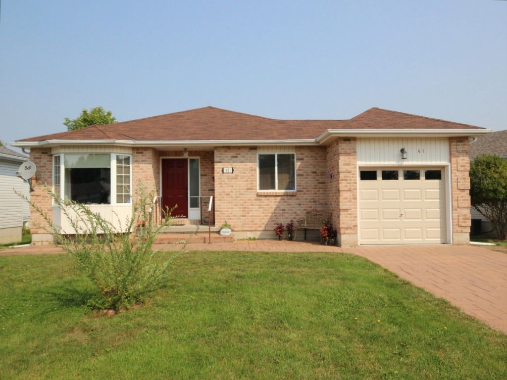 house sold in perth comfree 635494