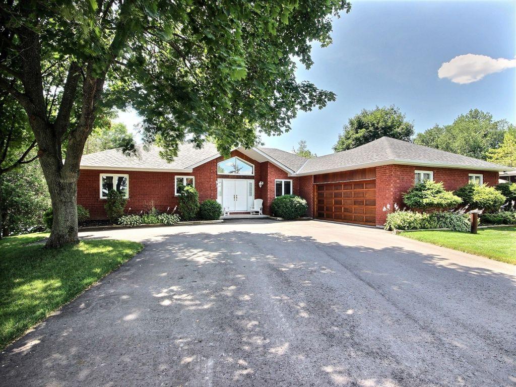 raised bungalow sold in peterborough comfree 630154