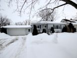 Bungalow in Petrolia, Essex / Windsor / Kent / Lambton
