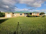 Bungalow in Picton, Kingston / Pr Edward Co / Belleville / Brockville