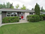 Bungalow in Rossmere, Winnipeg - North East