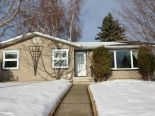 Bungalow in Rundle Heights, Edmonton - Northeast