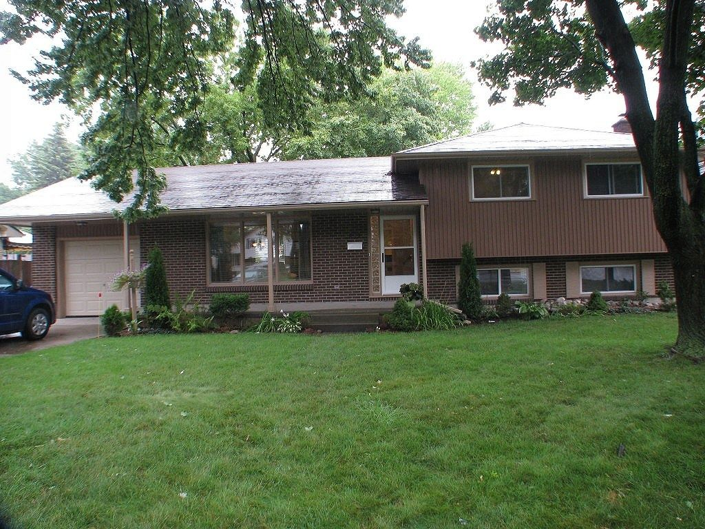 house sold in sarnia comfree 349912