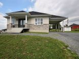 Bungalow in St-Georges, Chaudiere-Appalaches