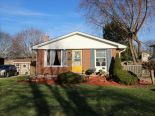 Bungalow in St. Thomas, London / Elgin / Middlesex