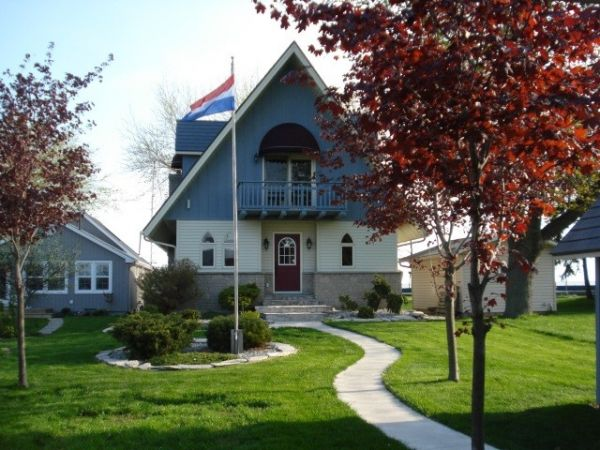 Waterfront Homes For Sale Stoney Point Ontario