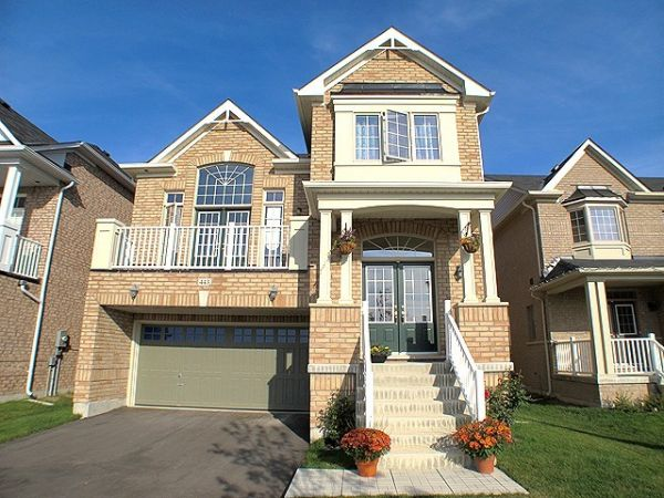 house sold in stouffville comfree 287022