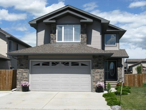 House Sold In Strathmore Comfree 375609