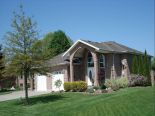Raised Bungalow in Tecumseh, Essex / Windsor / Kent / Lambton