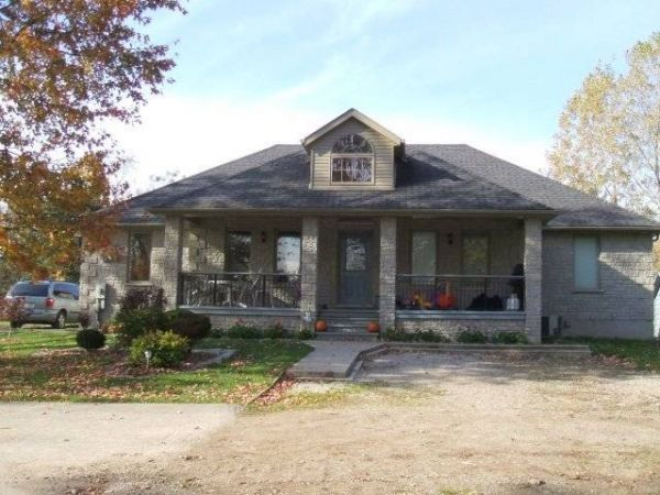 house sold in thorndale comfree 54074