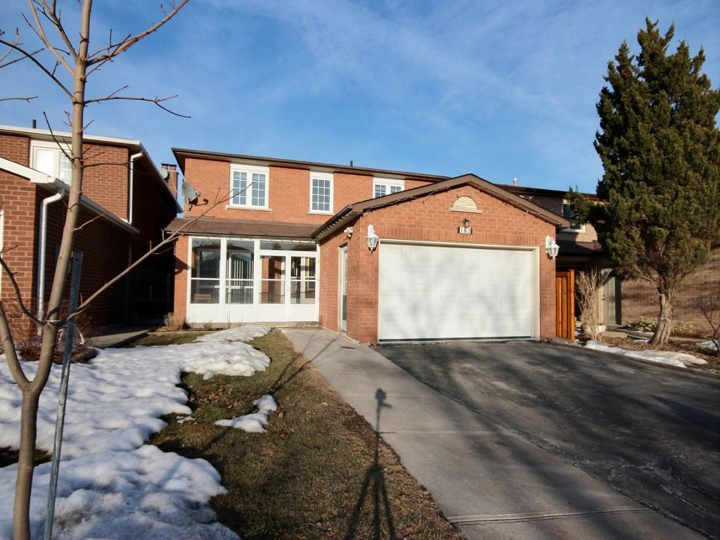 house sold in thornhill comfree 591462