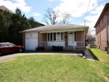Bungalow in Toronto, Toronto / York Region / Durham