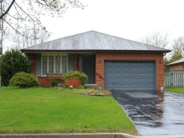 house sold in uxbridge comfree 253888